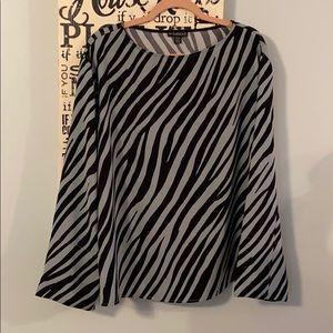 en Thread Large Zebra Print Blouse